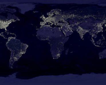 Maailman vanhin salaliittoteoria on uskomus siitä, että maapallo onkin pyöreän sijaan litteä. Asiaa ajavalla yhdistyksellä on paljon todistusaineistoa teoriansa tukena.