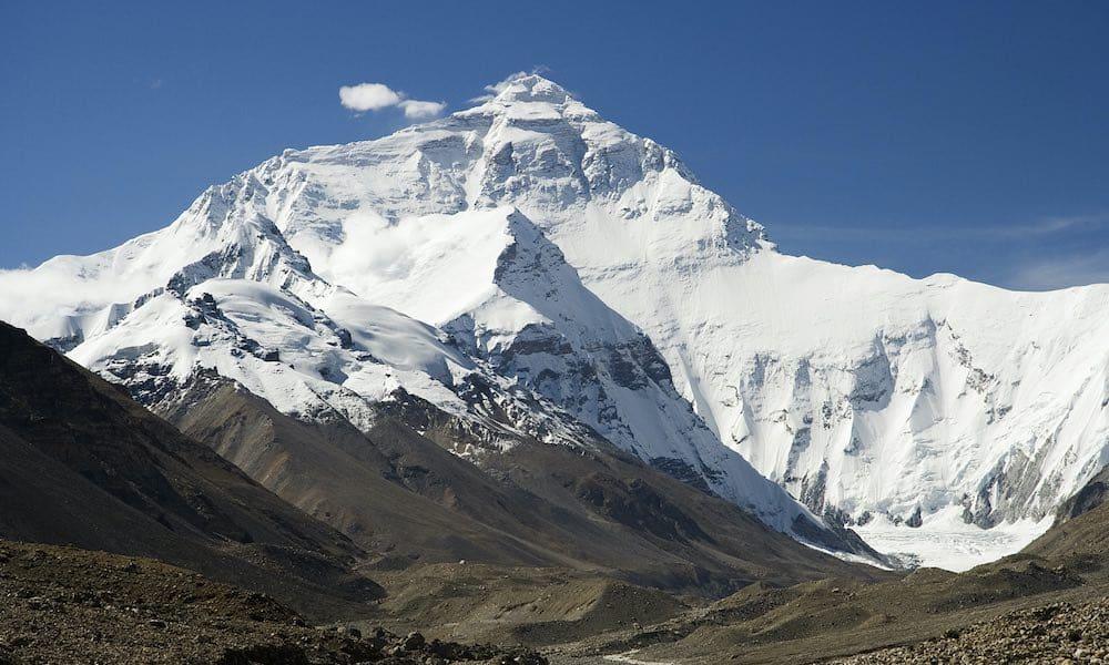 Mount Everestin valloittamisen vuosipäivänä Listafriikki esittelee kiipeilijöiden selviytymistarinoita, mutta myös traagisia kohtaloita.