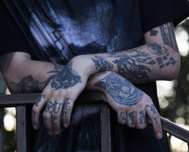Tatuoinnit ovat pitkän historiansa aikana vuorotellen ihastuttaneet ja vihastuttaneet. Listafriikki esittelee nyt kymmenen mielenkiintoista faktaa tatuointien ihmeellisestä maailmasta.