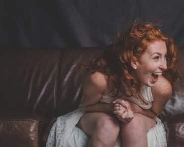 Voiko nauruun kuolla? Listafriikki todistaa kymmenellä tosielämän tapauksella, että kyllä voi!