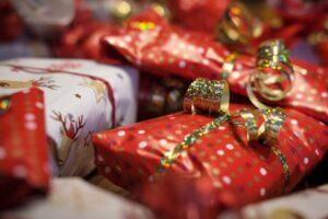 Joululahjaidea hukassa? Oletko kaiken kukkuraksi liikkeellä viime tingassa? Ei hätää, Listafriikki auttaa.