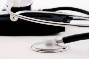 Jokaisessa työssä mokailu ei johda samanlaisiin seurauksiin kuin terveydenhuollossa. Tässä 10 karmeaa hoitovirhettä.