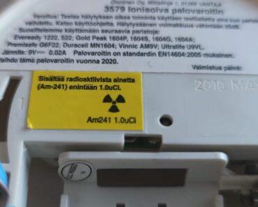 Lukijoiden kysymyksissä pähkäillään sitä, että ihan todellako palovaroitin sisältää radioaktiivista ainetta.
