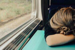 Oudoimmissa uutisissa tutustutaan tänään bussiyhtiöön, joka tarjoaa nukkumiseen tarkoitettuja kiertoajeluita.